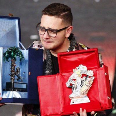 Rocco Hunt Vince a Sanremo Per La Sua Terra