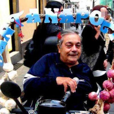 """Alfredo Della Volpe: """"cantanapoli"""" su due ruote"""